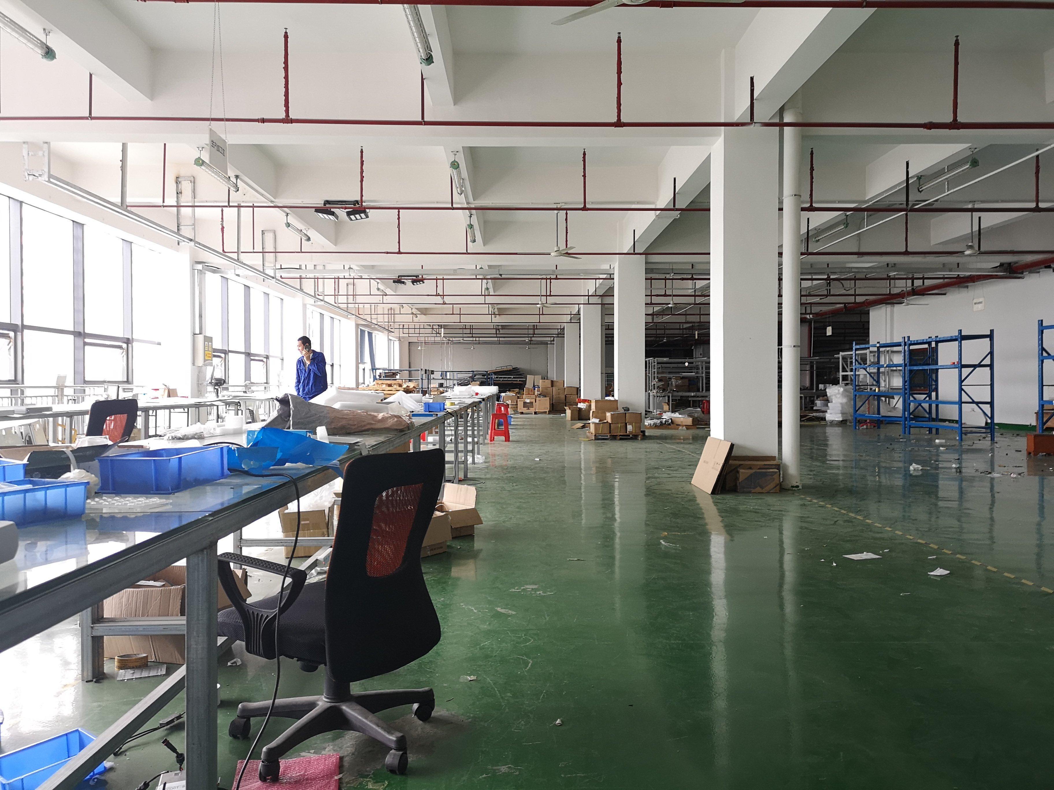 公明高新区红本花园式工业园区楼上带装修厂房出租