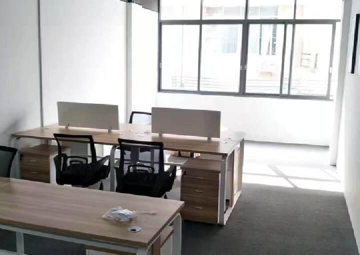 黄村地铁口500米48平起租精装写字楼招租1+1格局图片4