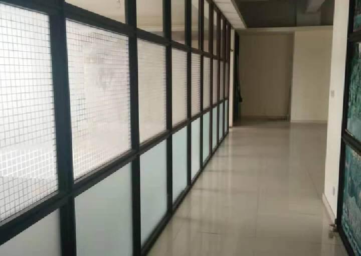 龙岗天安数码城甲级写字楼380平米出租。图片5