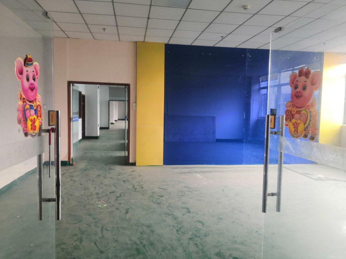 深圳石岩300-500平出租办公,仓库,电商,组装,贸易