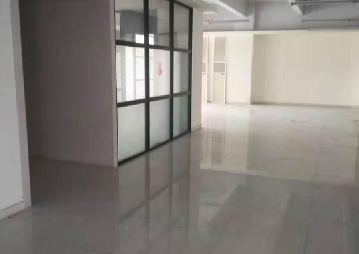 龙岗天安数码城甲级写字楼380平米出租。图片2