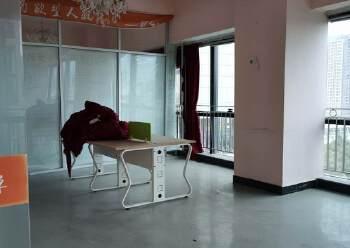 横岗地铁口100米甲级办公室288平办公室出租图片4
