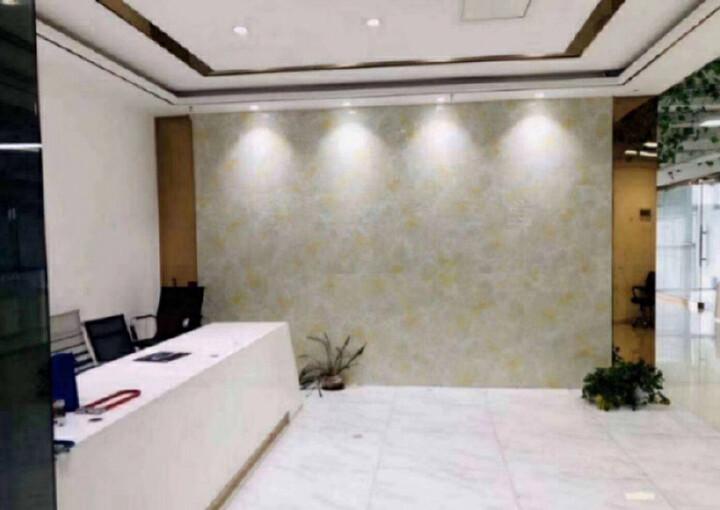 龙华繁华地段楼上新出一套小面积的办公室出租图片1