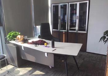 龙华民治地铁口290平办公室出租图片4