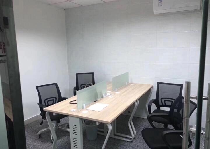 龙华清湖地铁站附近楼上新出一套带全套家私办公室出租图片5
