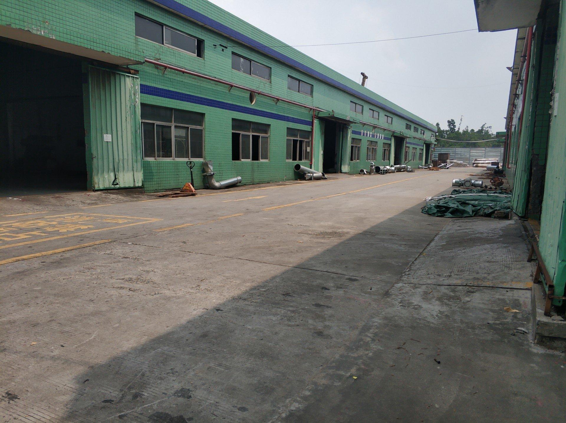 观澜观光路高速路口单一层钢构仓库2300平