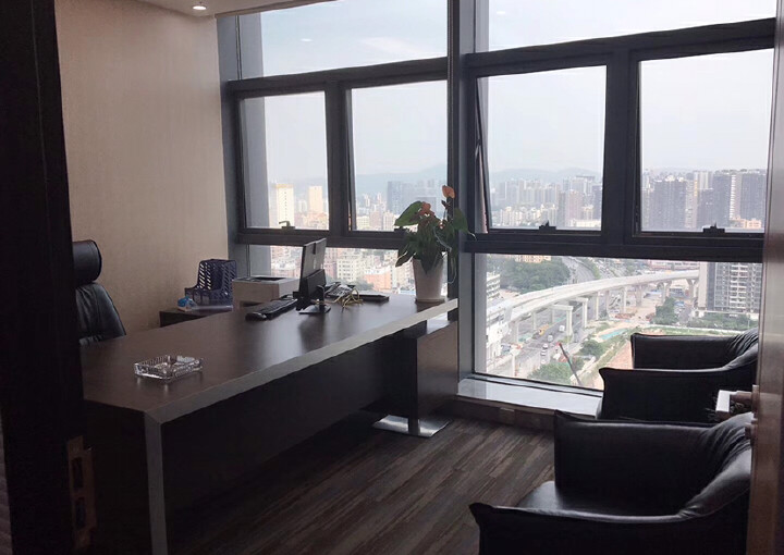 龙华清湖地铁口288平办公室出租图片5