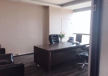 龙华清湖地铁口288平办公室出租图片3