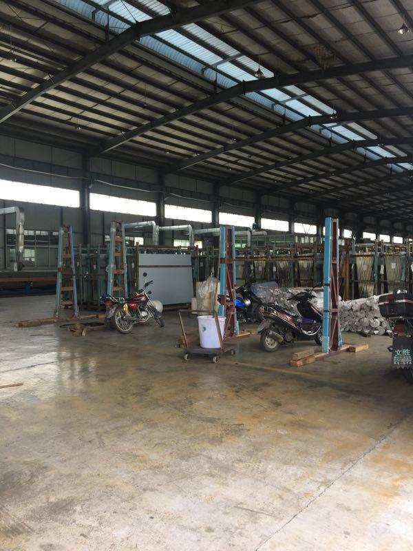 厂房,厂房约1200平,宿舍加办公楼约250平