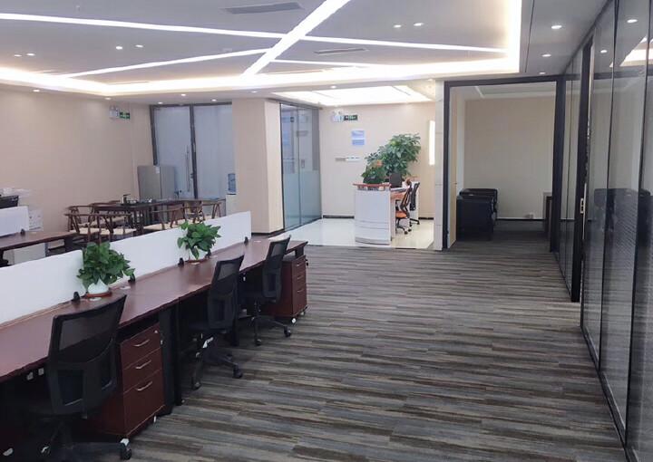 龙华清湖地铁口288平办公室出租图片4