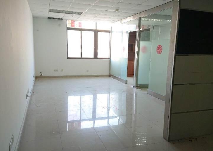龙华民治商业中心区小面积118平带隔间采光好图片7