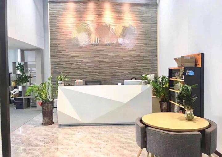 龙华民治地铁口290平办公室出租图片6
