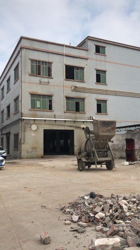 龙华镇4502平方厂房出售