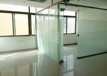 龙华民治商业中心区小面积118平带隔间采光好图片4