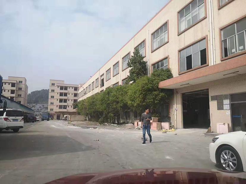 龙华镇新出标准独院厂房3000方证件齐全