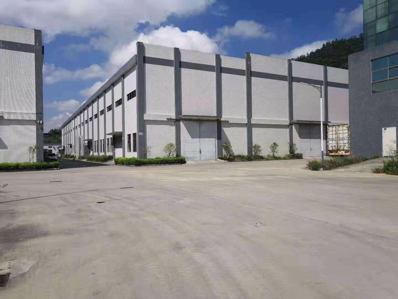 大亚湾高速出口附近厂房1500平证件齐全高度12米