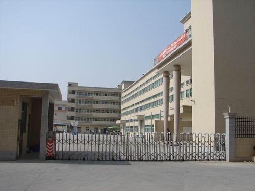 惠州市三栋镇工业园厂房1楼2000平方招租