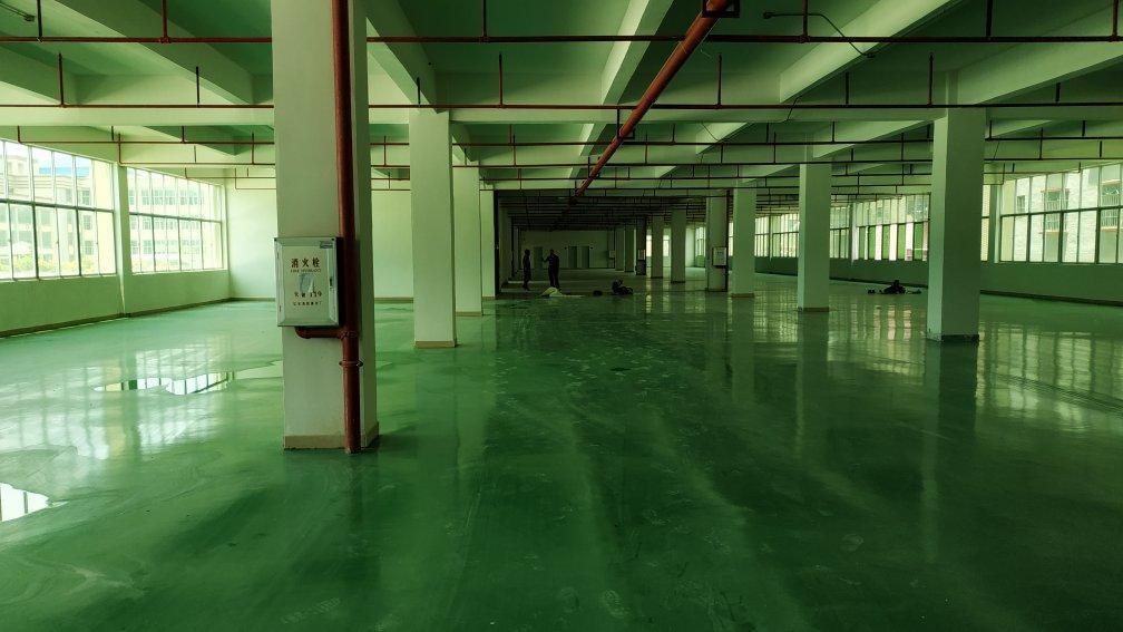 新圩镇原房东厂房2000平方带地坪漆