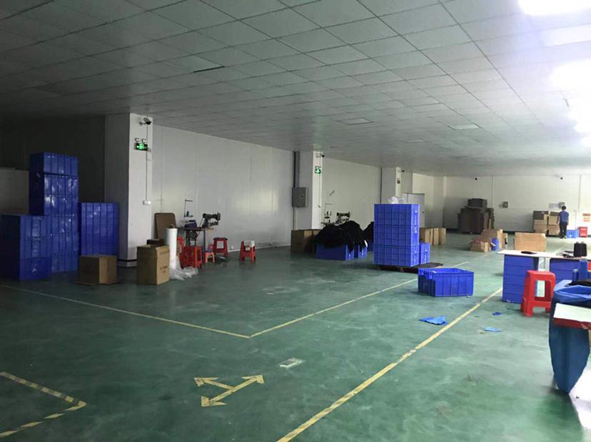 龙岗五联二楼精装厂房600平招租