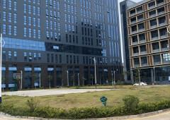 坪山龙田大工业区精装办公室出租100平起可以分租免转让费