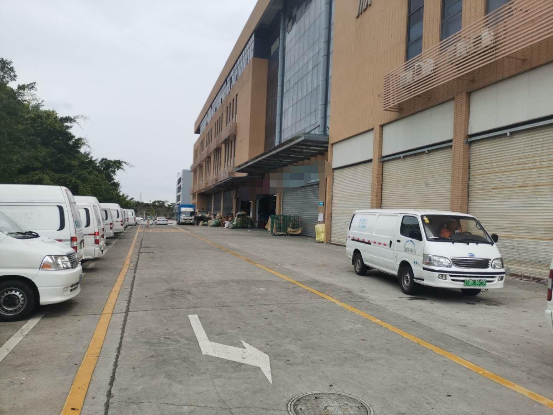 龙华清湖梅观高速附近新出物流仓库厂房1楼5700平