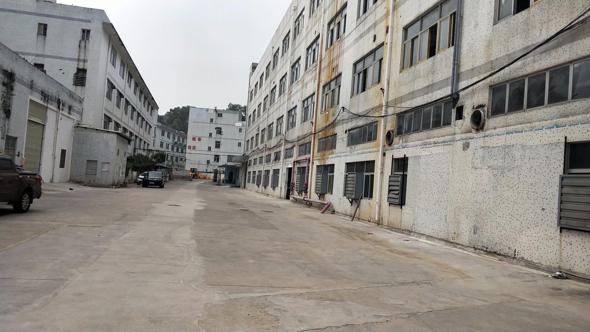 坂田上雪科技园独院12000平方厂房出售