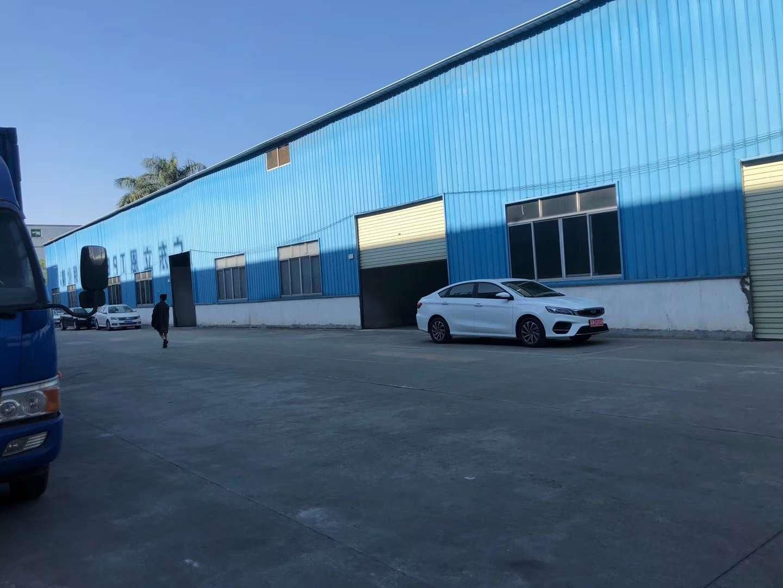 仓库2400平方米招租,滴水6米5,有卸货平台,