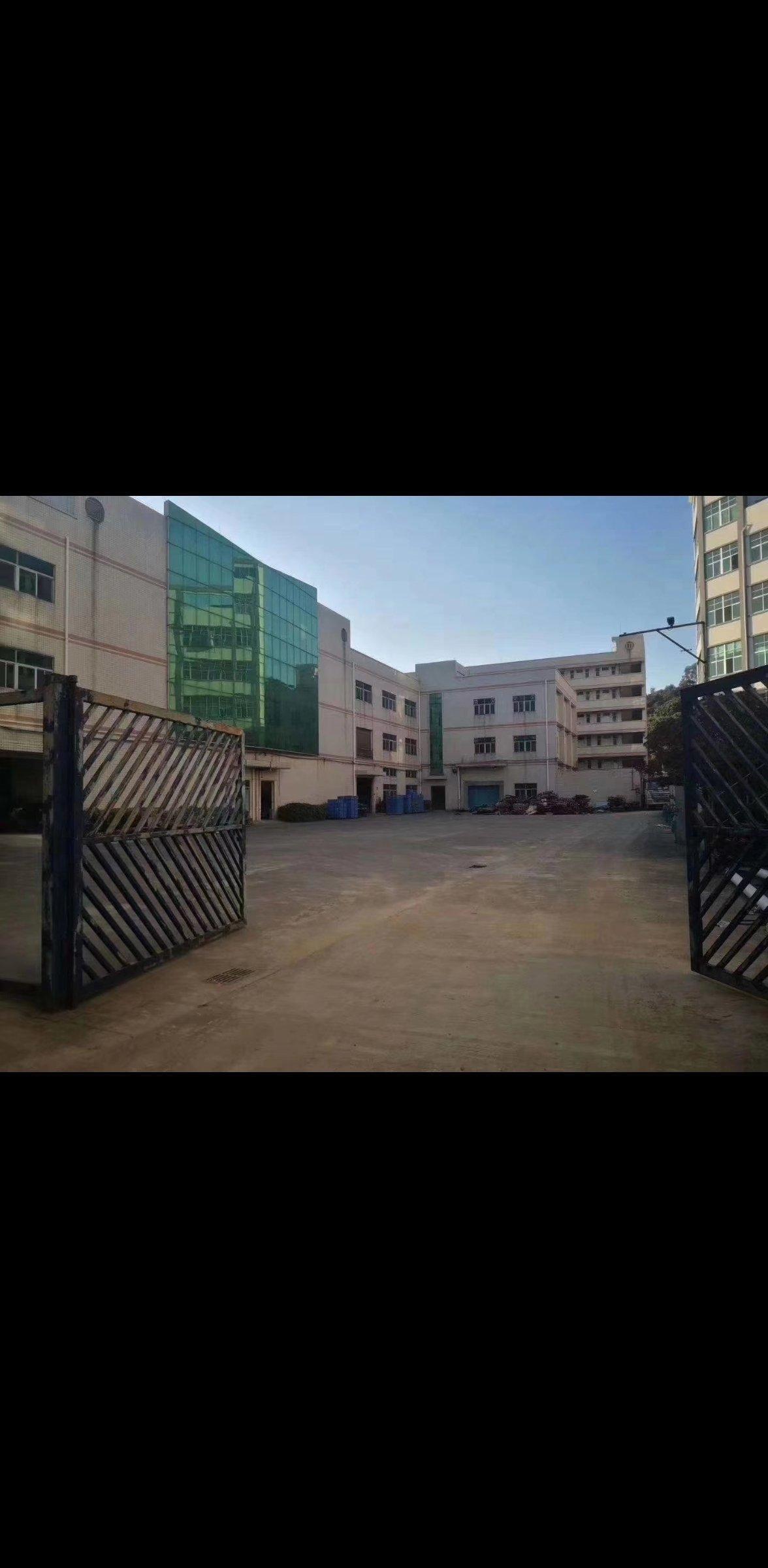 惠州仲恺高新区大马路边14,500平方,证件齐全厂房出售。