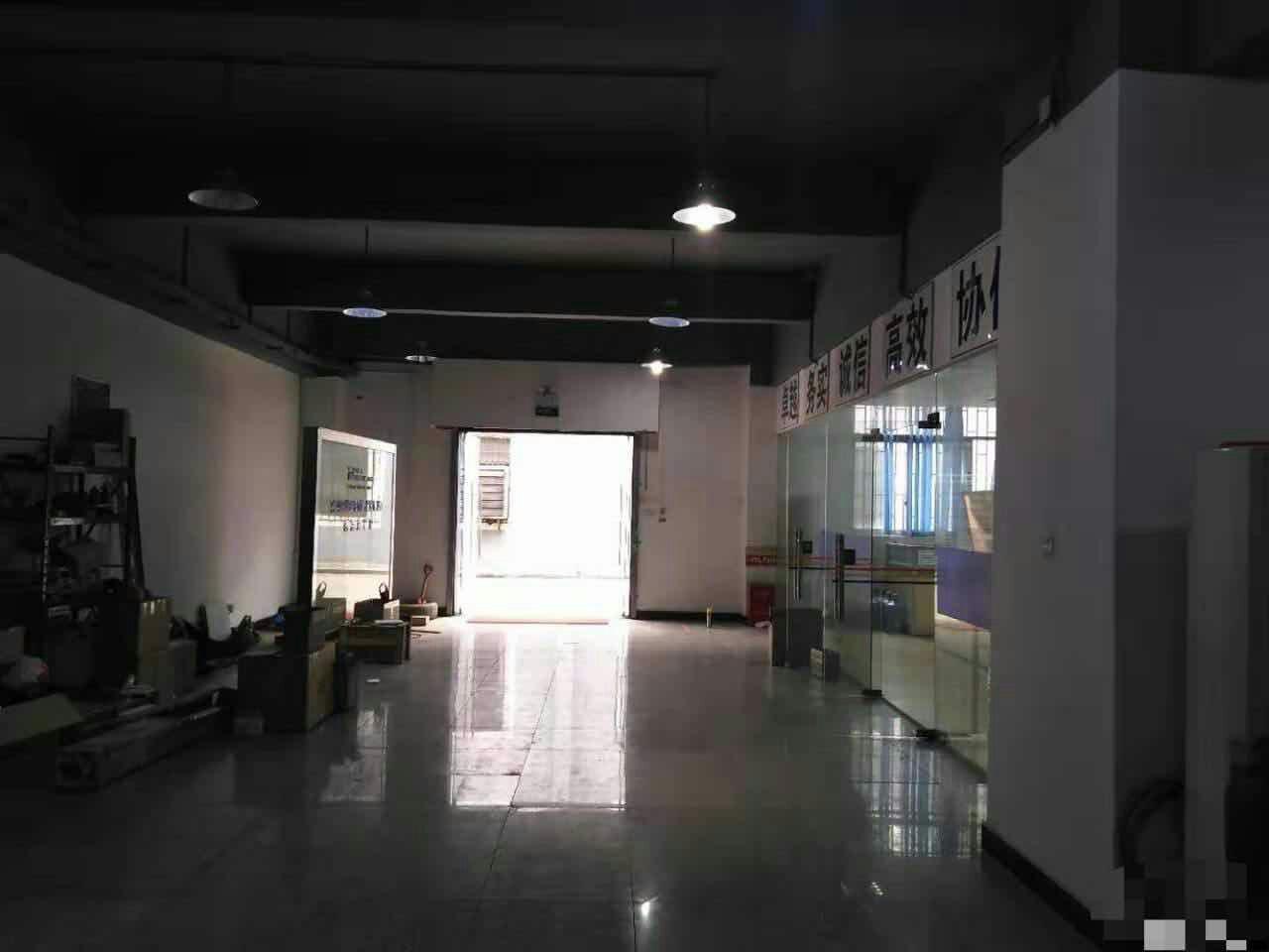 清溪三中一楼630平,模具,电池仓库首选,距离高速300米