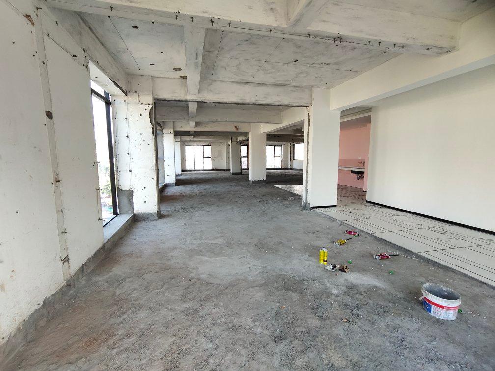 西乡地铁站独门独院独梯独户整层300平办公厂房招租