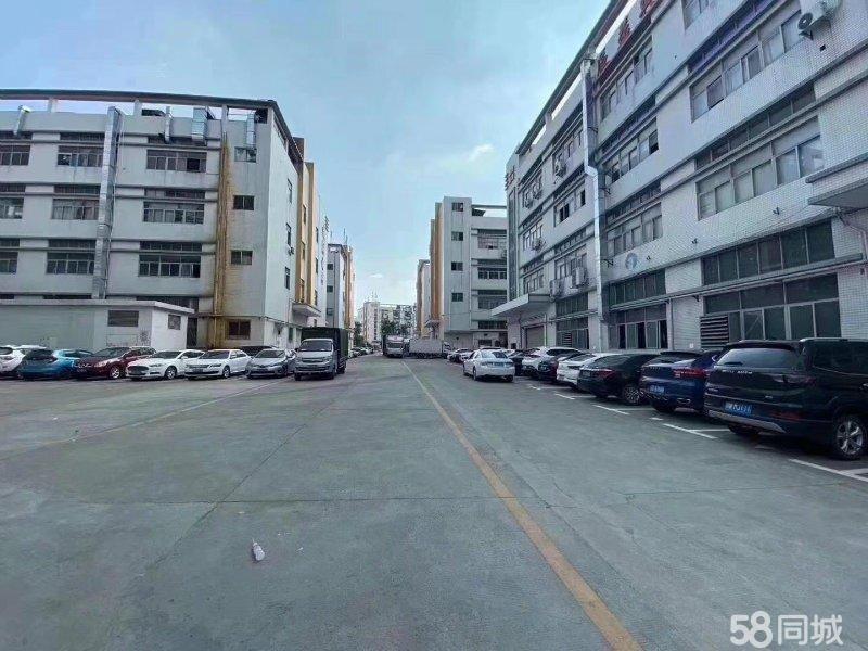 清溪镇三中村大型工业园高速出口旁楼上1200平带装修水电齐全
