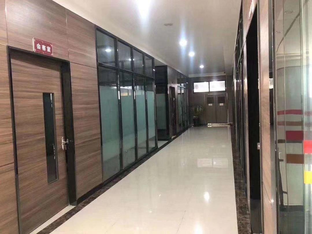 深圳地铁口红本厂房6500平出售