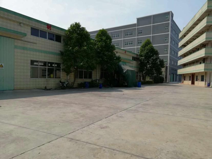 龙溪镇新出独院厂房二楼680平租12