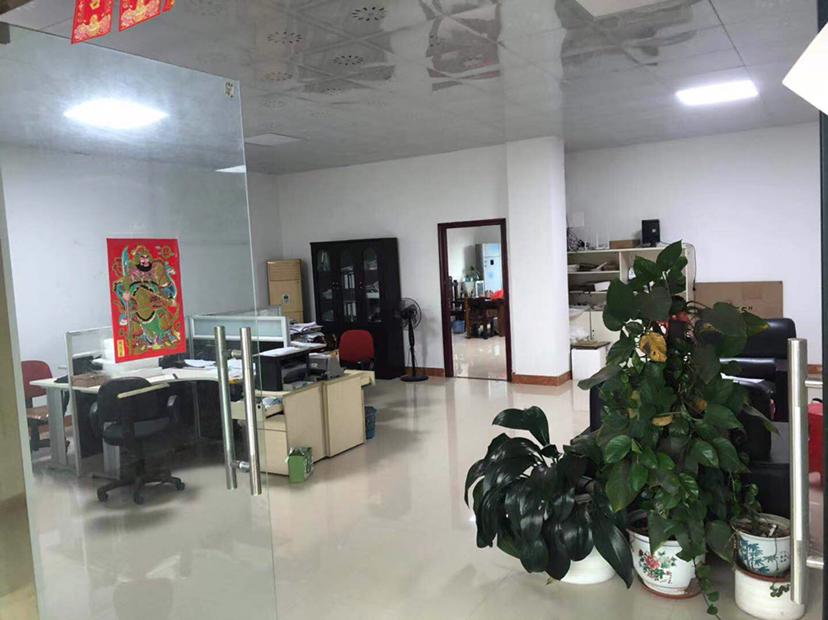 惠城区小金口独院厂房一楼700平方出租