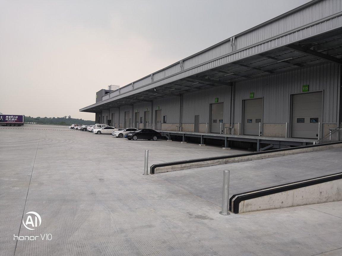 青白江货运大道靠高速出口带卸货平台标准物流仓储类仓库厂房出租