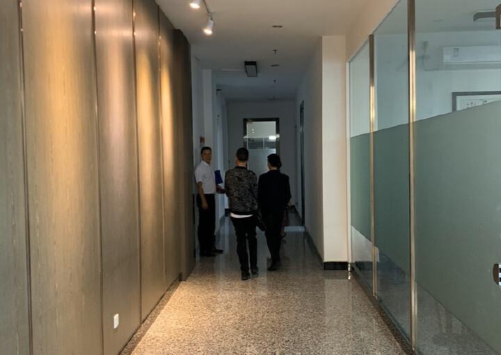 黄埔区开发大道豪华办公室788平方低价招租图片5
