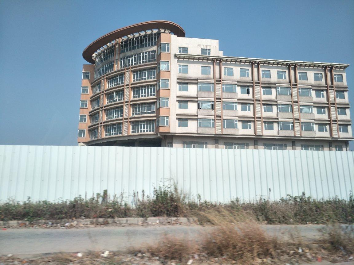 塘厦国有双证9100平,售价4600万,无任何抵押和债务。