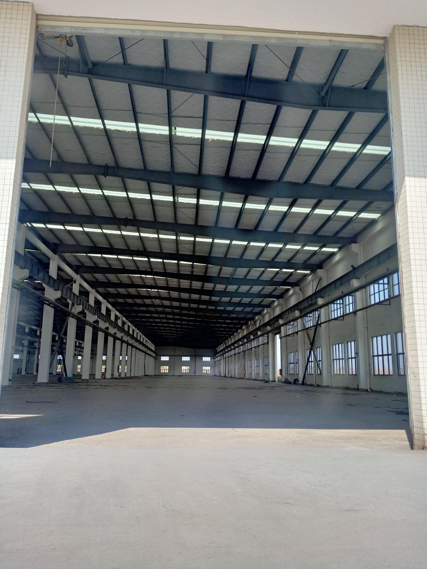 洪梅镇单一层厂房7500平滴水9米可办环评交通方便