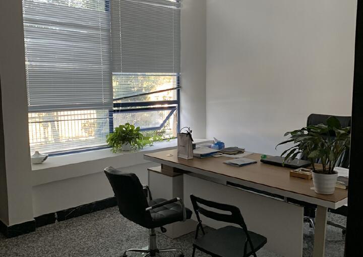 黄埔区开发大道豪华办公室788平方低价招租图片4
