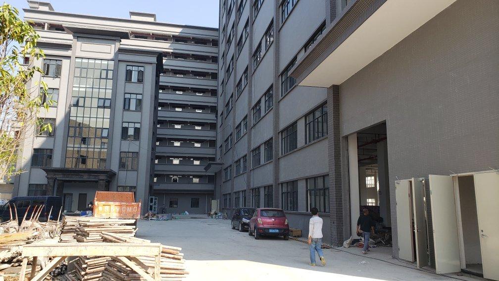 东莞南城全新建成18000平方高标丙二类仓库出租,空扡2万方