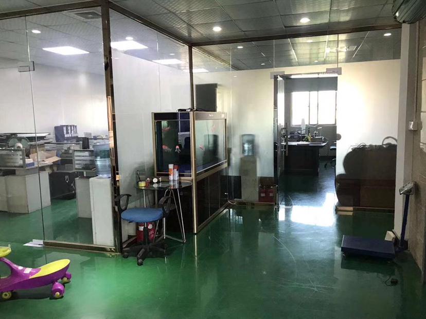 惠城三栋数码园无尘车间2600平方可做防护服