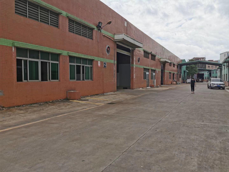砖墙到顶独院钢结构厂房4300平方出售