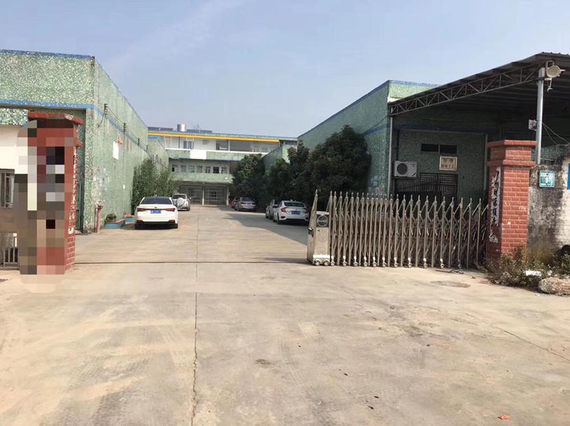 石湾镇原房东工业园新出砖墙到顶钢构2600平米