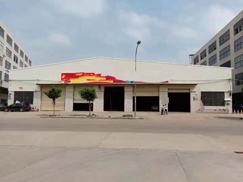 番禺区钟村镇105国道旁单一层厂房1570平出租空地大