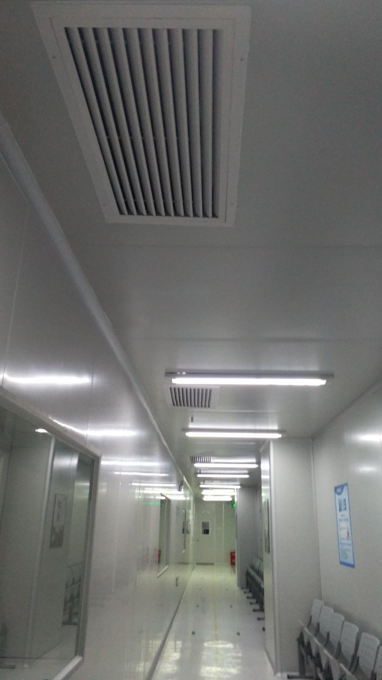 新出3楼万级无尘车间2200平方,现成装修免费停车,水电齐全