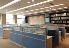 非中介550平精装修办公室带全套办公家具带空调可注册生产型企