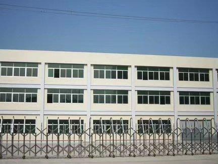 深圳周边,新出集体证,三层独院厂房低价出售。