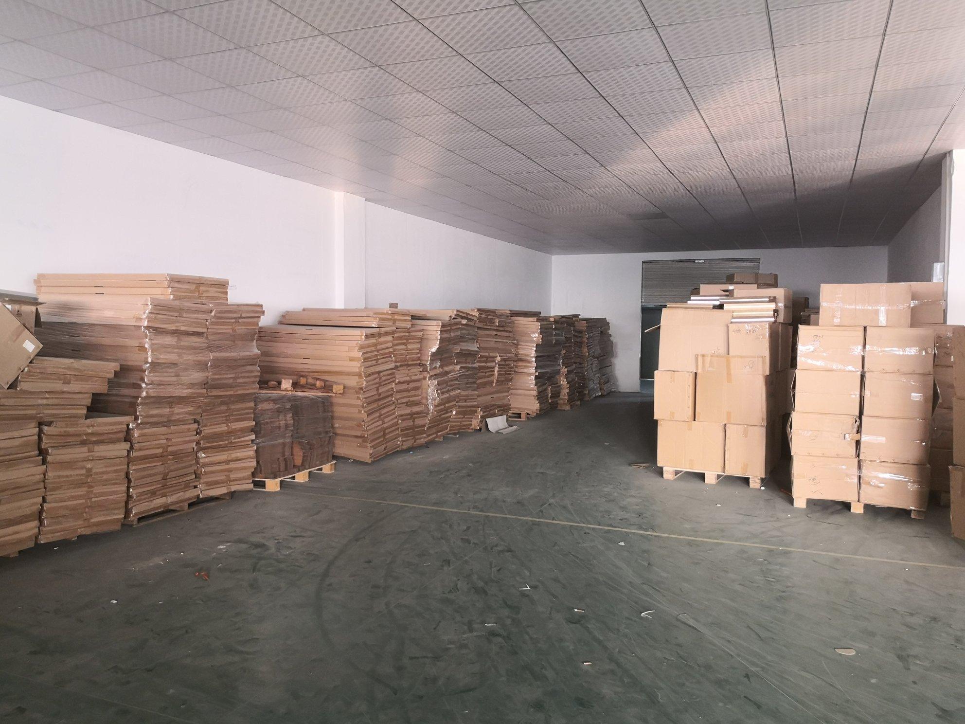 增城新塘镇太平洋工业区楼上可办环评厂房出租价钱便宜有货梯