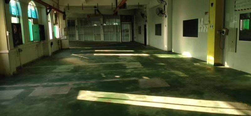 工业园厂房三楼出租。