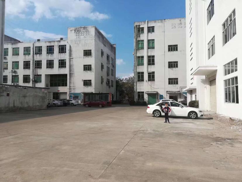 东坑镇工业区内原房东分租独院厂房3000平方可办环评大马路边